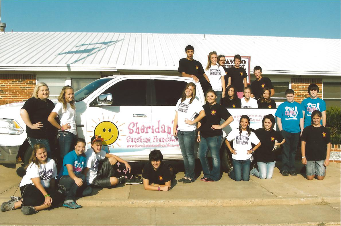 Pic2-SWilson-students-Sheridan-Sunshine-Truck