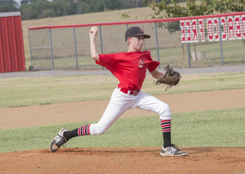 Junior-High-Boys-Baseball-Carson-Pitching-Fall-17