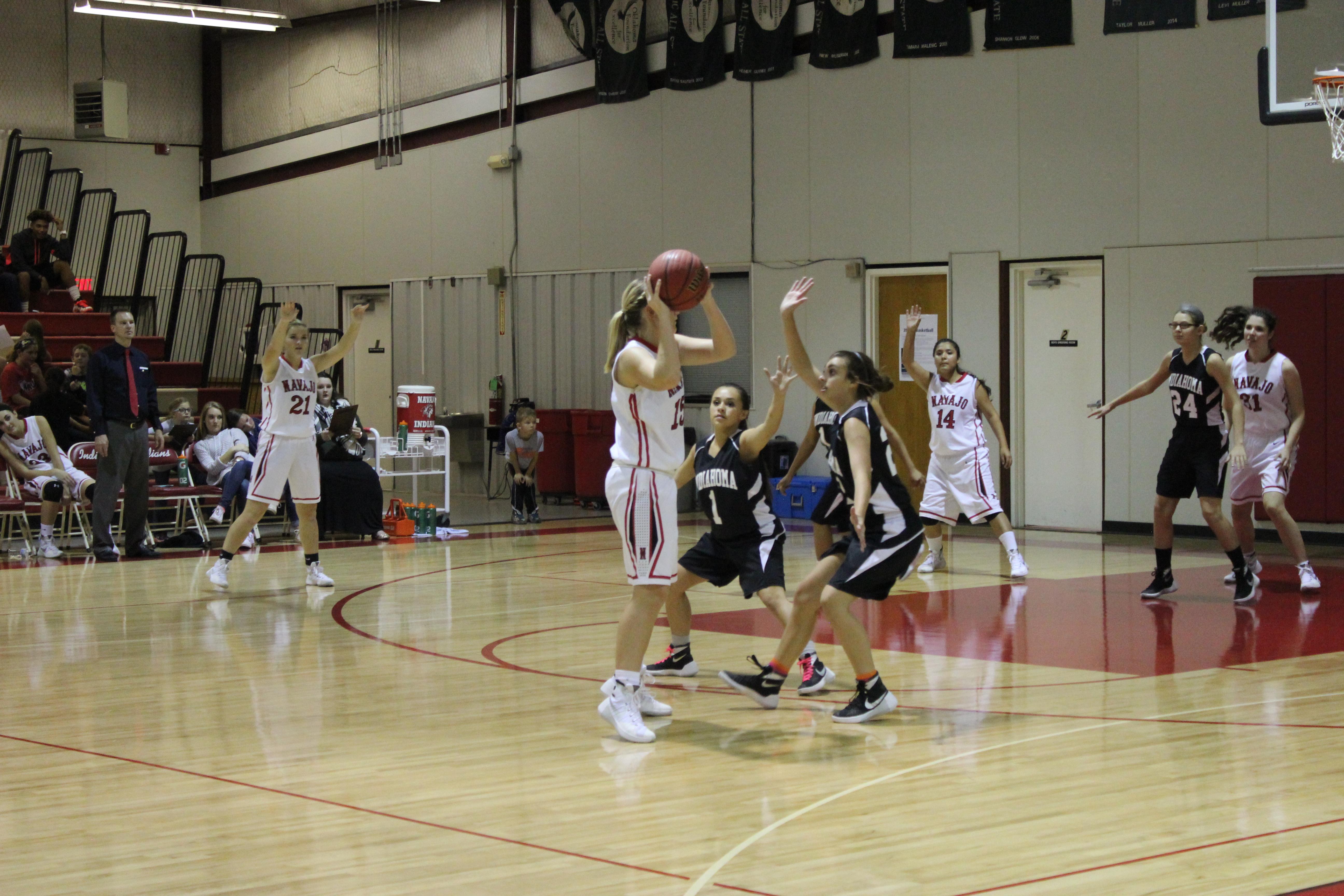 First-Home-Girls-Basketball-game-of-the-Season
